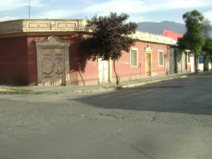 Andes on line llevar n adelante proyecto para restaurar for Fachadas de casas de barrio
